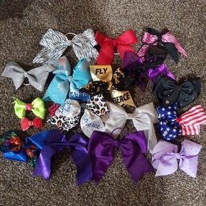 Mix of Jojo bow, cheer bows, plain bows